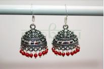 Джумки серебряные с красными бусинами
